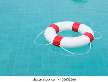 Vergelijkbare Afbeeldingen Stockfoto S En Vectoren Van Safety Equipment Life Buoy Rescue Buoy