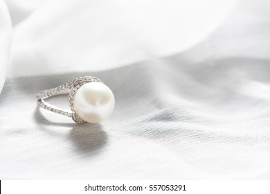 Ring with pearl and diamonds,silver ring with pearl and diamonds