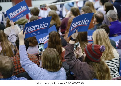 Ringe, N.H./USA - Feb. 10, 2020, Students at Franklin Pierce University hold signs and take cell phone photos at a Bernie Sanders rally during the New Hampshire presidential primary.