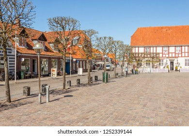 RINGKOBING, DENMARK - MAY 8, 2017: Street  of old town on sunny sunday  on may 8, 2017 in Ringkobing, Denmark.