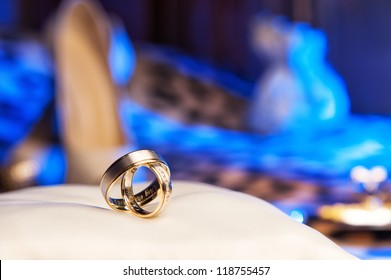 rings with an engraving
