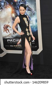Rinko Kikuchi at the premiere of her new movie Pacific Rim at the Dolby Theatre, Hollywood. July 9, 2013  Los Angeles, CA