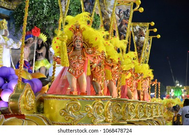 Rio, Brazil - february 11, 2018: Samba School parade in Sambodromo. Sao Clemente during parade of the carioca carnival in the Marques de Sapucai