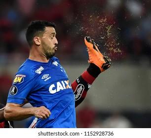 Rio de Janeiro, August 08, 2018. Cruzeiro  soccer player, Arrascaeta , in action at the Flamengo Vs. Cruzeiro game at the Maracanã Stadium in Rio de Janeiro, Brazil