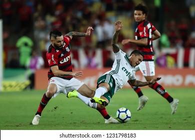 Rio de Janeiro, Brasil, 10 27 2018 - Para (Flamengo - left) and Dudu (Palmeiras - right) during a Brazilian Championship Soccer match. Flamengo team versus Palmeiras team.