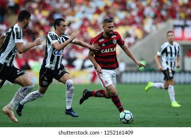Rio de Janeiro, Brasil, 11 15 2018 -  Leo Duarte (Flamengo team - right) during a Brazilian Championship Soccer match. Flamengo team versus Santos team.