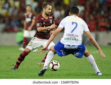 Rio de Janeiro, Brazil, April 11, 2019. Football player Everton Ribeiro of the Flamengo team, during the game Flamengo vs. San José by the Copa Libertadores in the Maracanã stadium.