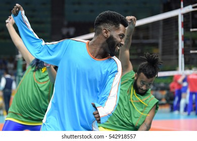 Rio de Janeiro, Brazil - august 06, 2016: dancer during volleyball game Russia (RUS) vs Argentina (ARG) in maracanazinho in the Olympics Rio 2016 by the group phase