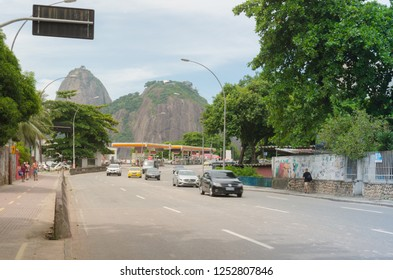 RIO DE JANEIRO, BRAZIL - CIRCA JAN 2016: Drive in the Rio de Janeiro streets with Sugarloaf Mountain in the background.