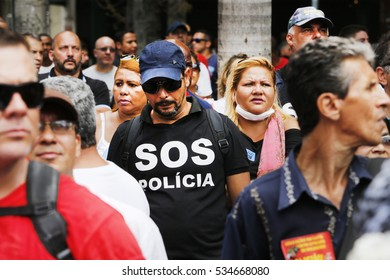 Rio de Janeiro, Brazil  December 12th, 2016  Rio de Janeiro's public employee protest in front of the Legislative Assembly against the government's bribe scandall.