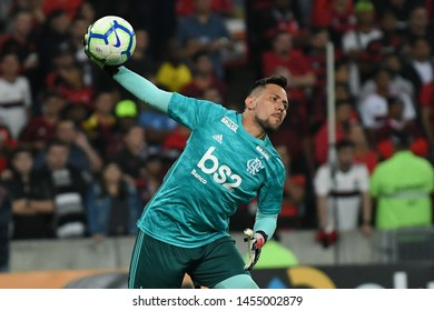 Rio de Janeiro, Brazil, July 17, 2019. Soccer goalkeeper Diego Alves of the Flamengo team, during the game Flamengo vs Atlético-PR by the Brazil Cup in the Maracanã stadium.