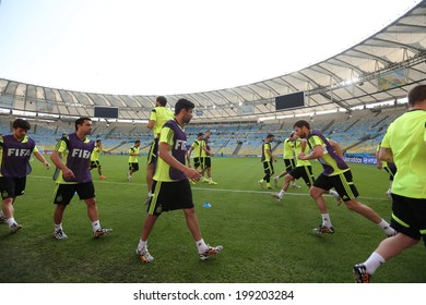 Rio de Janeiro, BRAZIL - June 17, 2014: The ESPANHA national football team practicing at Maracana training center in preparation for the 2014 World Cup soccer tournament. No Use in Brazil.