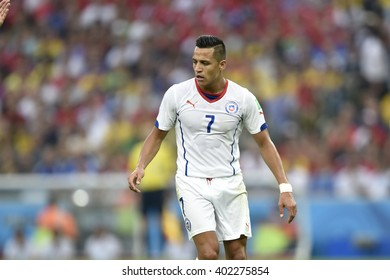 RIO DE JANEIRO, BRAZIL - June 18, 2014: Alexis SANCHEZ of Chile during the FIFA 2014 World Cup. Spain is facing Chile in the Group B at Maracana Stadium