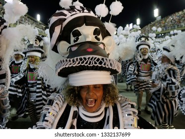 Rio de Janeiro, Brazil    March 06, 2019  Carnival  Samba dancers of Mangueira samba school parades with fancy dresses paying tribute to former president Lula da Silva