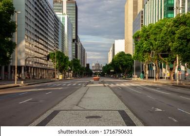 Rio de Janeiro, Brazil - march 29, 2020: Presidente Vargas Avenue in the downtown of the city of Rio de Janeiro deserted due to the pandemic of the new corona virus.