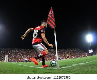 Rio de Janeiro - Brazil, May 10, 2018, soccer player Diego, of Clube Flamengo taking a corner kick during the match between Flamengo and Grêmio