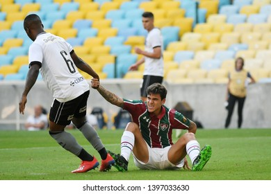 Rio de Janeiro, Brazil, May 11, 2019. Fair play among the Football Players, during the game Fluminense X Botafogo for the Brazilian Championship in the Maracanã stadium.