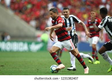 Rio de Janeiro - Brazil November 15, 2018, jodagor Diego Ribas do Flamengo, during the match between Flamengo and Santos in the stadium of Maracanã