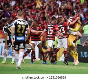 Rio de Janeiro - Brazil November 15, 2018, goalkeeper César do Flamengo, celebrates with his colleagues after defending a penalty during the match between Flamengo and Santos at the Maracanã Stadium