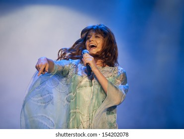 RIO DE JANEIRO, BRAZIL - SEPTEMBER 14: The British band Florence and the Machine perform during the  Rock in Rio 2013 concert on September 14, 2013 in Rio de Janeiro, Brazil.