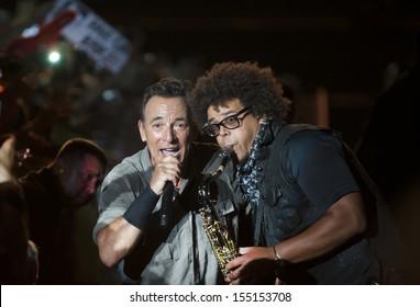 RIO DE JANEIRO, BRAZIL - SEPTEMBER 21:  US singer Bruce Springsteen (L) performs at the Rock in Rio 2013 concert , on September 21, 2013 in Rio de Janeiro, Brazil.