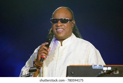 Rio de Janeiro, December 25, 2012.Cantor and pianist Stevie Wonder, during her show on Christmas Day, on Copacabana Beach, in the city of Rio de Janeiro, Brazil