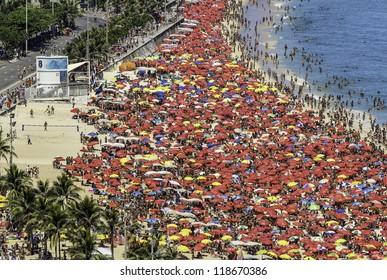 RIO DE JANEIRO - FEBRUARY 17 : Ipanema Beach on February 17, 2012 in Rio de Janeiro. Ipanema Beach is one of the famous and crowded ones in Rio de Janeiro, Brazil