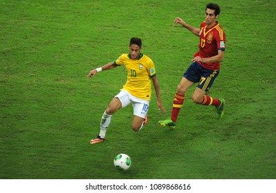 Rio de Janeiro, July 1, 2013. The Brazilian soccer player Neymar, playing the ball in the game Brazil Vs. Spain in the final of the Confederations Cup 2013, at the Maracana Stadium.