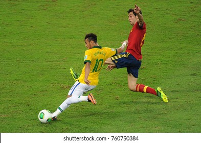 Rio de Janeiro, July 1, 2013. Brazilian soccer player Neymar, kicks to score his goal in the game Brasil x Espanhã in the final of the Confederations Cup 2013, in Etadio do Maracanã in the city of Rio
