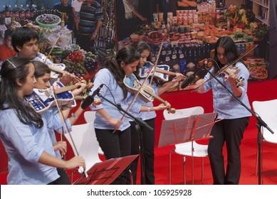 RIO DE JANEIRO - JUNE 13: The Humanidade Event on June 13, 2012 in Rio de Janeiro ,Brazil