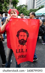 Rio de Janeiro / RJ / Brazil, March 22, 2019: Public act organized by syndicates and left-wing parties against Brazilian Social Security Reform. Banner for Lula free from prison.