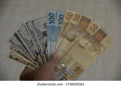 RIO DE JANEIRO, RJ, BRAZIL, 03.06.2020 -CAMBIO- DOLLAR X REAL: Brazil's real currency appreciates against the dollar, with the good news of the resumption of the international market.