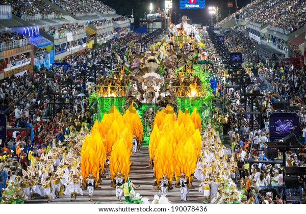 RIO DE JANEIRO, RJ /BRAZIL - MARCH 02:  parade of samba schools Imperio da Tijuca, especial group in Carnival 2014 on march 02, 2014 in Rio de Janeiro.