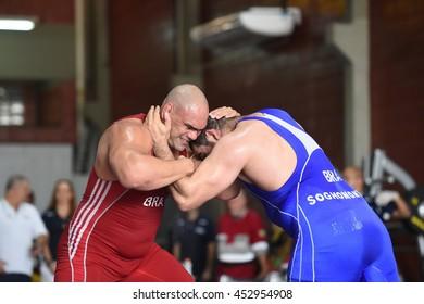 Imágenes, fotos de stock y vectores sobre Olympics Wrestling