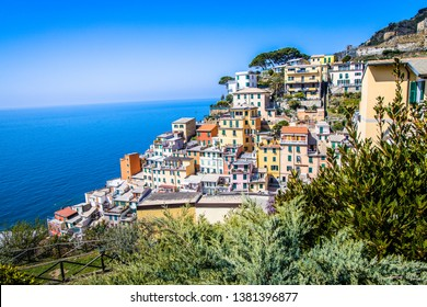 Riomaggiore (SP) - Italy - 31 March 2019  Riomaggiore with its colors and the view of its splendid sea