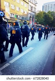 Riot police at G20 Summit in Hamburg 6 June 2017