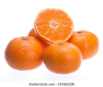Ripe seedless satsumas (Citrus unshiu)