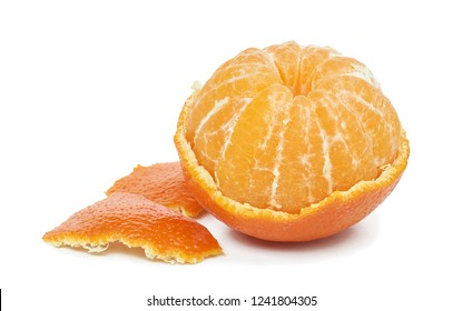 Ripe tangerines with green leaves and peaked segments isolated on white background