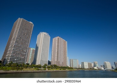 Rise apartment district of Tokyo, Sumida River estuary