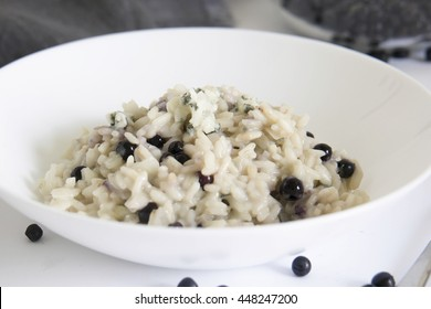 risotto with blueberries and blue cheese