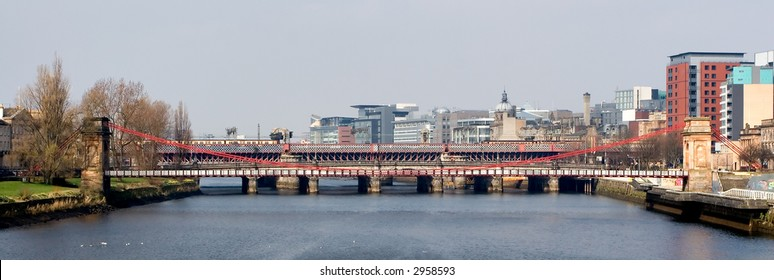 The River Clyde photographed from Victoria Bridge, Glasgow