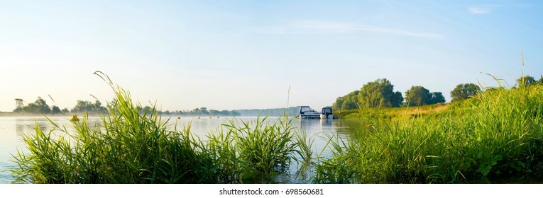River Elbe near Magdeburg in the district Westerhuesen
