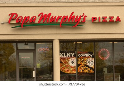 RIVER FALLS,OCTOBER 18,2017: A closeup view of the Papa Murphy's retail storefront.