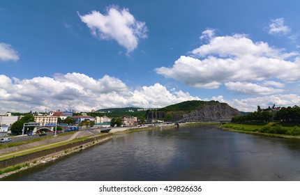 River Labe in center of city