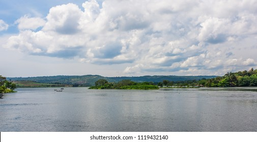 River Nile leaving Lake Victoria at Jinja, Uganda. It is considered to be the main source of the White Nile
