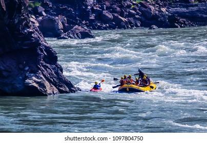 river rafting in rishikesh, water sports adventure rapids in river ganga India