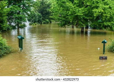 River Seine in Paris is at its highest level for more than 30 years: Famous Square du Vert-Galant on Cite Island completely covered water. France.