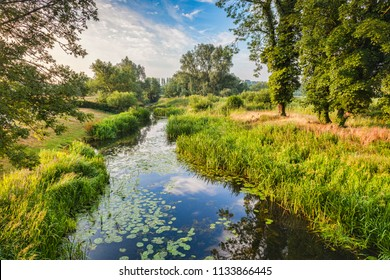 Fluss Stour bei Nayland, Suffolk, England, im Constable Country.