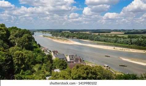 Riverbed of the Loire, in Chaumont-sur-Loire