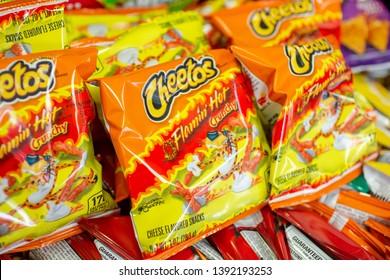 Brilliant Imagenes Fotos De Stock Y Vectores Sobre Snacks Cheetos Gamerscity Chair Design For Home Gamerscityorg